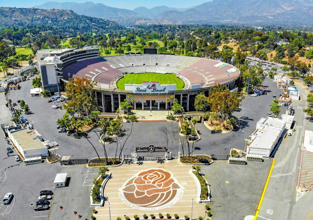 A sky view of the Rose Bowl, an arena in los angeles