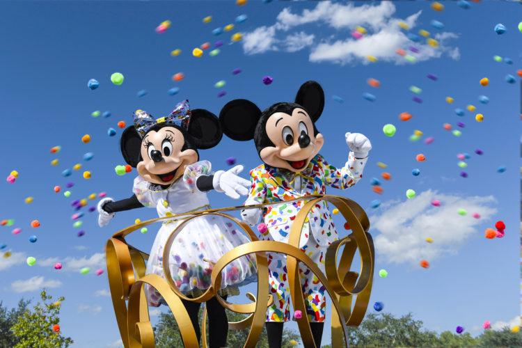 Mickey og Minnie dating dating sukker pappa i Sør-Afrika